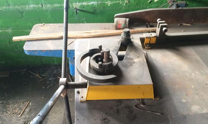 Станок для механической художественной гибки металла