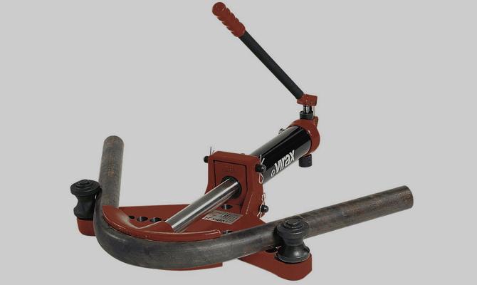 Арбалетное устройство для гибки труб
