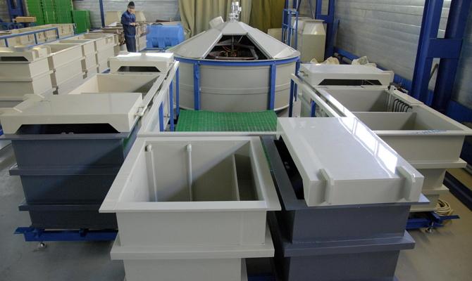 Гальванические ванны для омеднения или никелирования