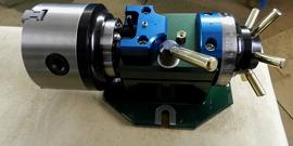 Делительная головка для фрезерного агрегата и другие приспособления