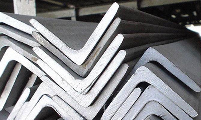 Сортаменты типоразмеров равнополочных стальных уголков